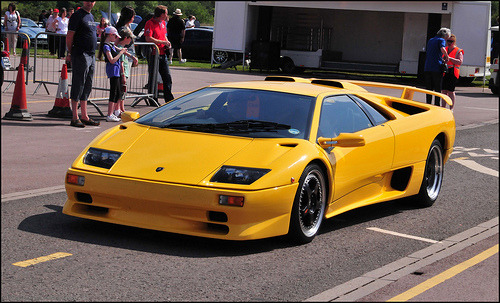 Escape pod Starring: Lamborghini Diablo (by Si 558)