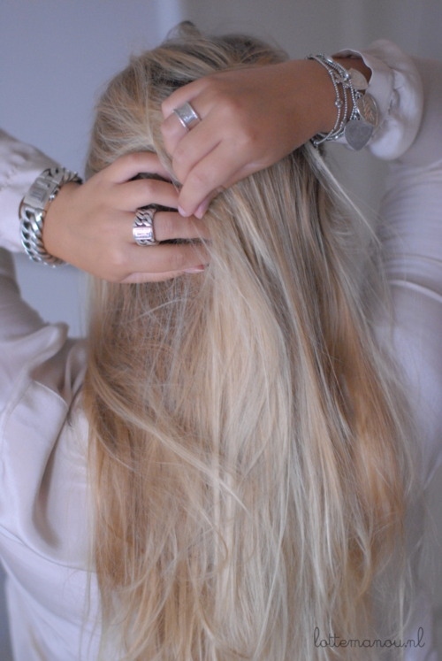 loveisallthingsmaroon:  Want this hair