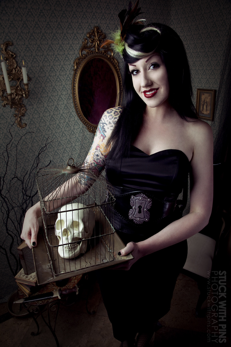 undeadstars:  Model : Nikki Ferris Photographer : Corinne