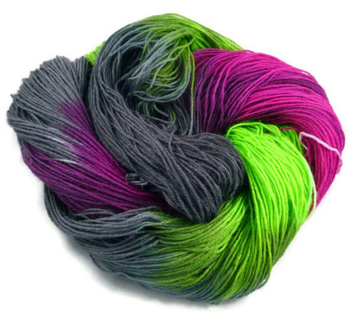 "slothshark:  Today's ""I think I have a crush on this yarn"" yarn."