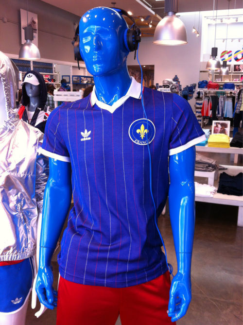 Blue Man Supporting Les Bleus