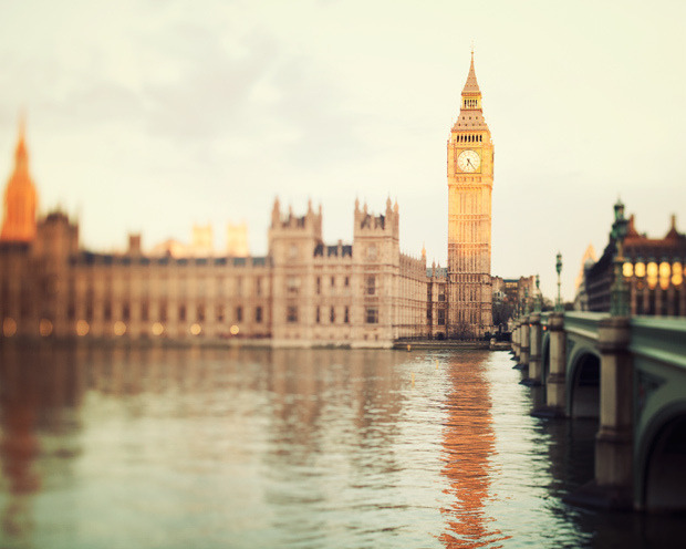 | ♕ |  Good Morning, London.  | by © Irene Suchocki | via ysvoice
