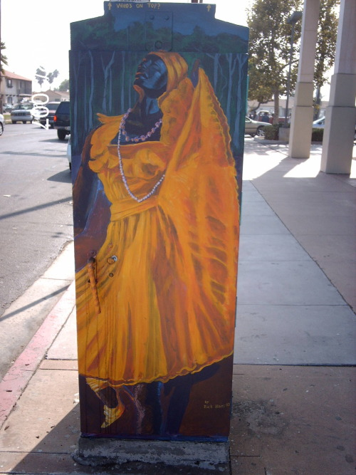 Orisha Oshun/Oxun painted on electric box in San Diego, CA.