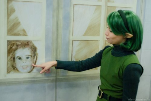 akuriko:  Me being silly in front of the murals at Acen~ super OOC for Saria, but it was so fun! XD
