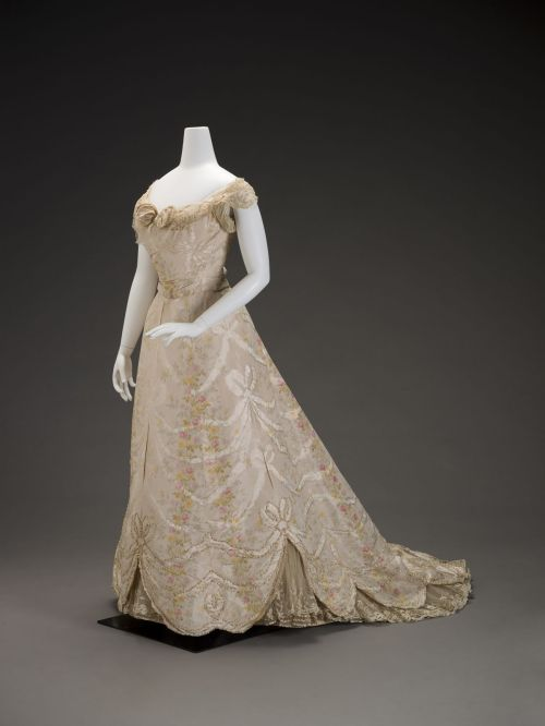 Ball Gown 1900 The Indianapolis Museum of Art
