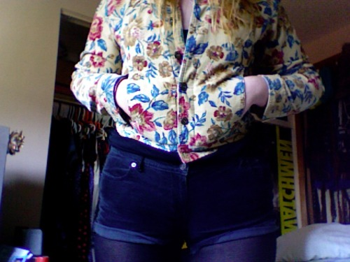 So, I guess this jacket is a thing I own/love now. Super secret tacky bonus: it's definitely made of corduroy. Also, shoutout to the babe with the perfect hair and handsome face that works at the thrift store. Sorry for always creep crushin' on you so hard.