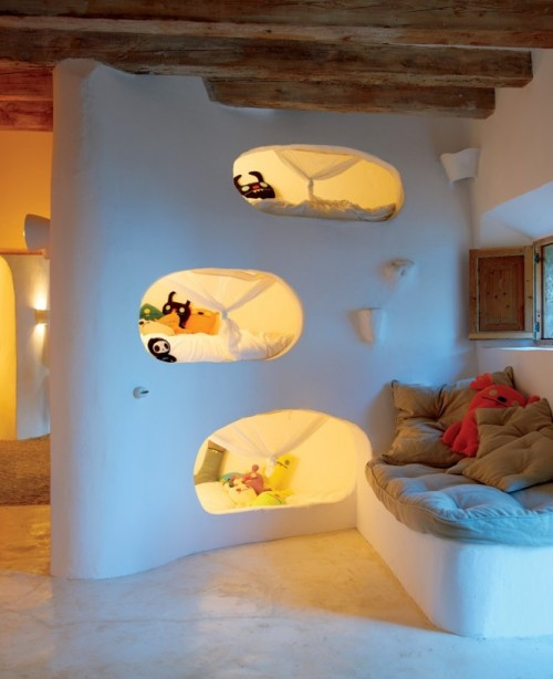 homedesigning:  Cool Beds To Climb!