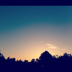 #summer #night #evening #instaaddict #instagood #jj #naturegram #portland #sunset #dusk (Taken with instagram)