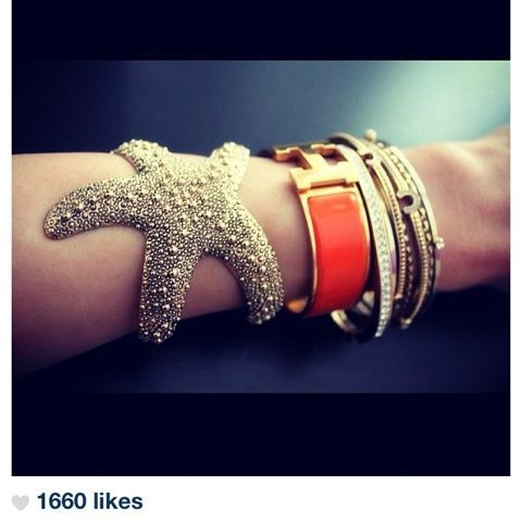 i want this starfish bracelet (Taken with Pose)