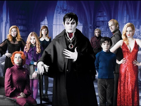 Dark Shadows (USA, 2012) Great visuals but quite empty, Tim Burton could have done sooo much better. It's too bad cause there's so much talent on screen, especially Eva Green who is clearly having a lot of fun. Still enjoyable enough, but the movies goes nowhere.