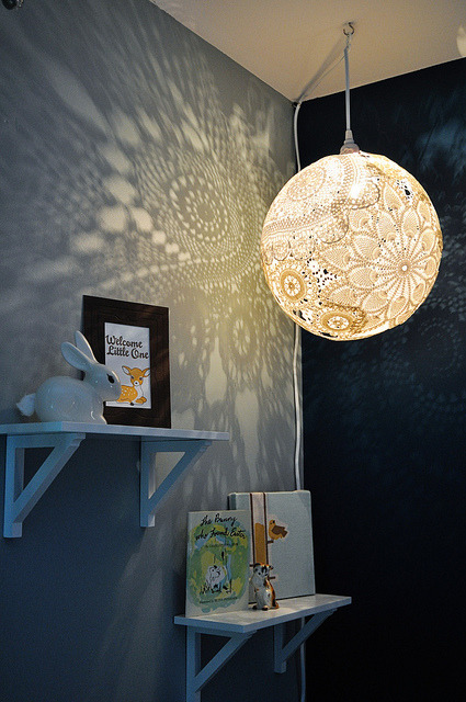 peachcordial:  Pretty DIY doily (via DIY Doily Lamp @Craftzine.com blog)