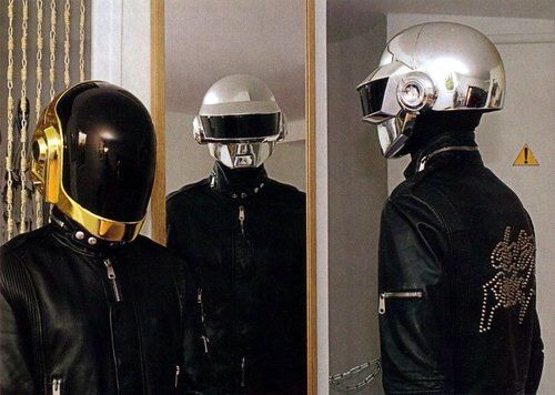 crescendoll:  Remember when I used to post daft punk all the time? I need to start doing that again