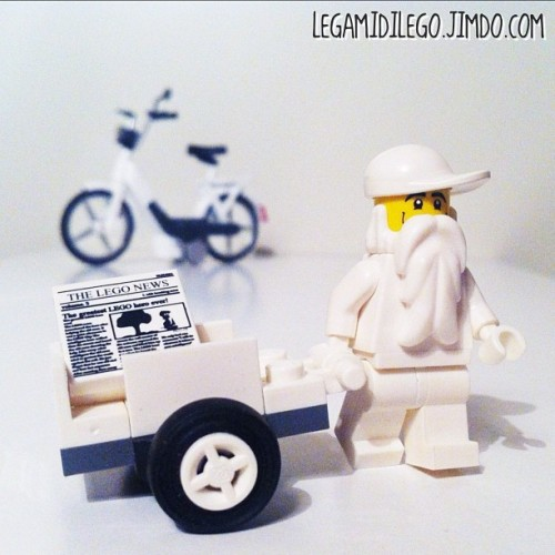 #tcbc_colors_white #lego #minifigures #gmy #igers #picoftheday #popular #getpopular #instagood #instagram #new #instamood #iphonesia #iphone4 #instagramhub #instahub #webstagram #hipstamatic #statigram #snapseed #igersitalia #instadaily #jj #toycrewbuddies #photooftheday #instagramers #igdaily #IGhype #shoutoutworld #istagra_man (Scattata con Instagram presso Tcbc_colors_white 2/3)