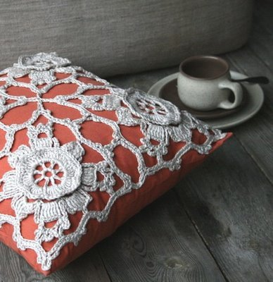 * Pillow Talk * a crocheted cushion cover Handmade by MarianneS
