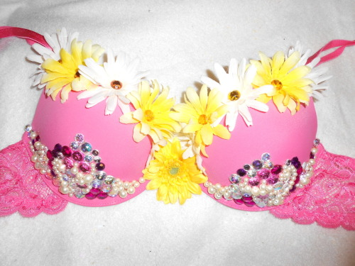 Third and final bra for EDC, of course this one had to have flowers :)