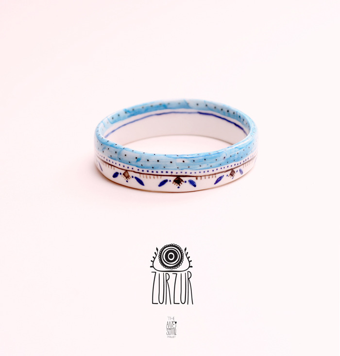 porcelain bangle (02) with underglaze decoration | inside ø: 68-70mm -NOT AVAILABLE