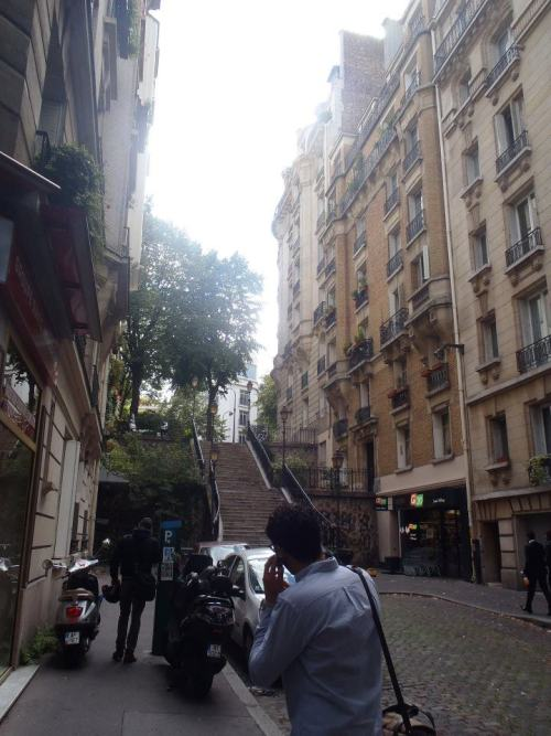 st-orm:  merd-e:  paris afternoon  http://st-orm.tumblr.com/