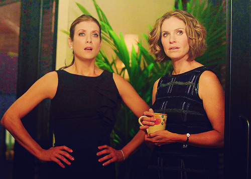 13/100 Private Practice stills