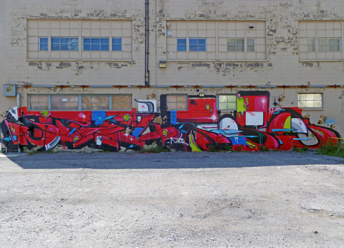 Steel & Pose. Detroit 2012 on Flickr.Steel & Pose. #detroit #graffiti
