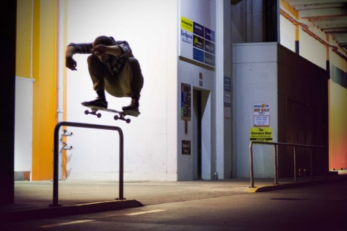 Jesse Peters - Ollie. Photo: Scott Olds Checkout Jesses Skate shop at:  https://www.facebook.com/ultimateskatenz