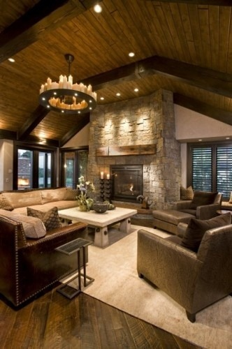Warm looking cabin.