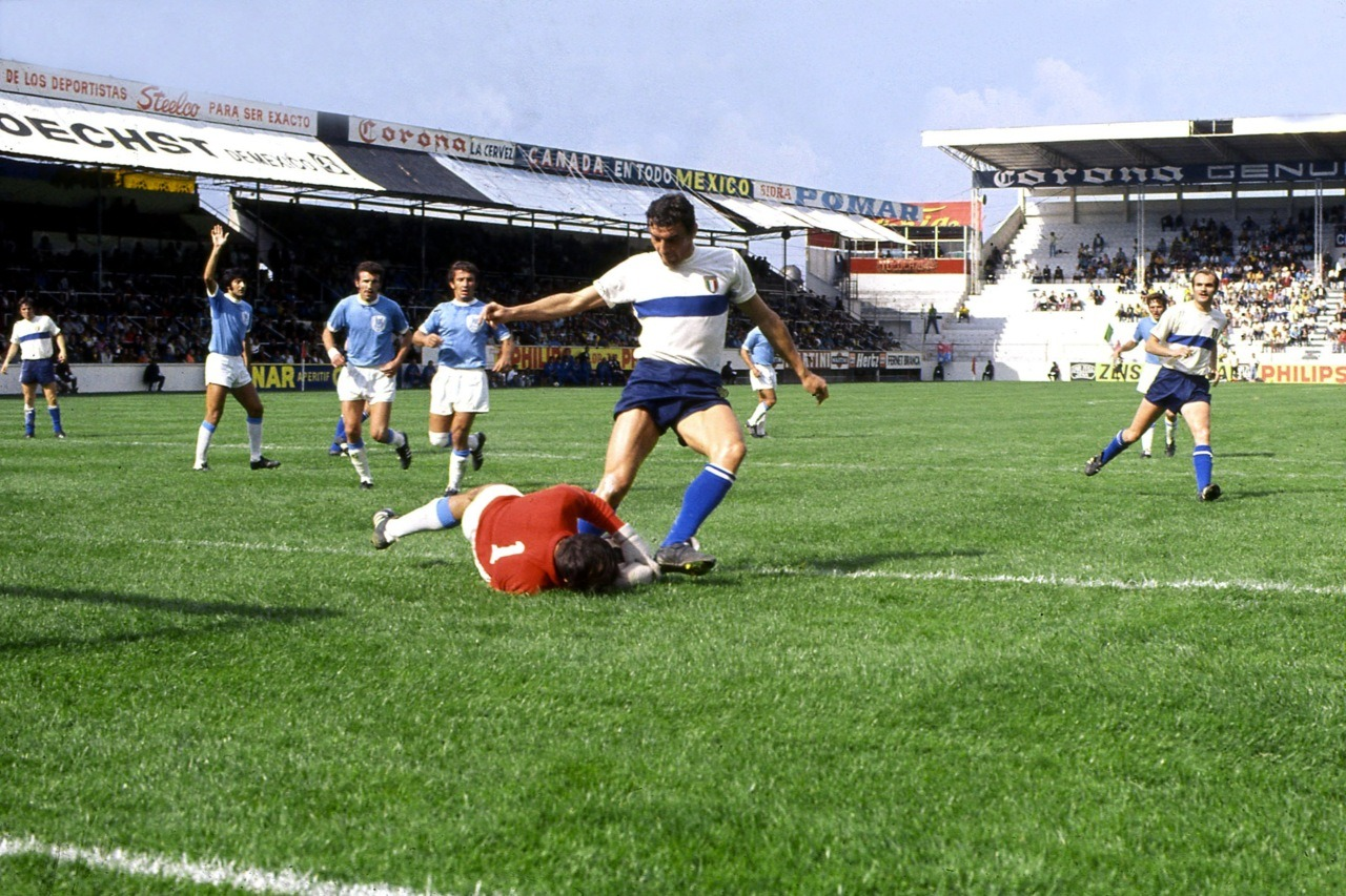 Riva and Mazzola v Israel, World Cup 1970.