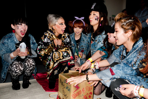 Gaga backstage with Little Monsters #1