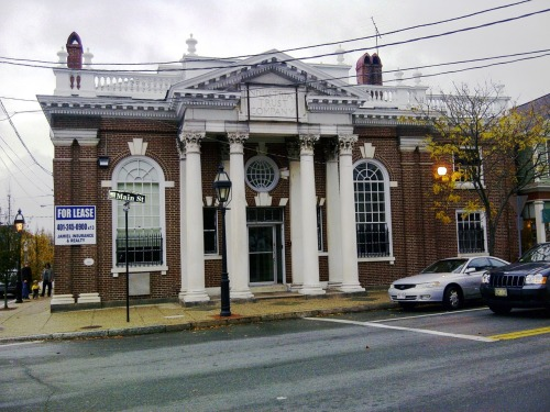 Here is another old bank photo from New England. This building for the Industrial Trust Company in Warren, RI was empty and for lease last fall. It must have been quite a showcase in its time. They don't make them like that any more.