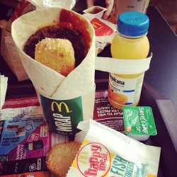 365 Days of Food - Day 116 #food #mcdonalds #breakfast #wrap #bacon #egg #sausage #hashbrown #orange #juice #oj #drink #nom #fat #hashbrown (Taken with instagram)