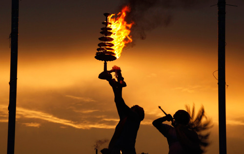 AMAZING photos of recent Hindu festivals! http://www.theatlantic.com/infocus/2011/09/hindu-festivals/100154/#