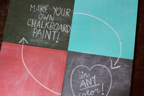 (via How To Mix Chalkboard Paint in Any Color - A Beautiful Mess)mixing your own chalkboard paint