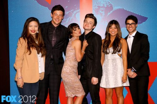 the glee cast at the after party today #FOXUpfronts - ME with some of my fav people in tv ever!! :) #amazingmoment   x