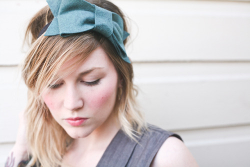 Click here to enter win this Adorabow Headband in the color of your choice off the giveaway on my blog!