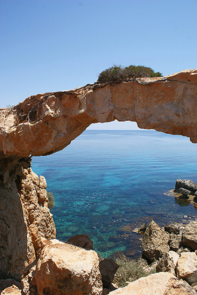 visitheworld:  The natural bridge near Protaras, Cyprus (by Boris SV).