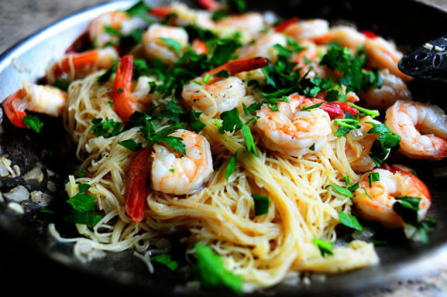 sp00nful:  16-Minute Meal: Shrimp Scampi