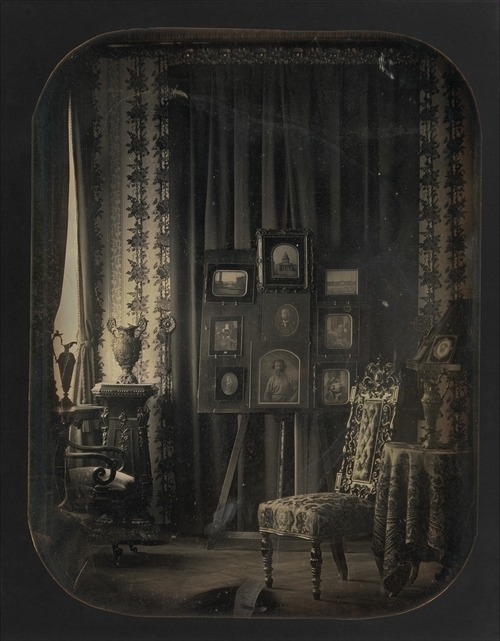 littlepennydreadful:  Victorian Sitting Room.