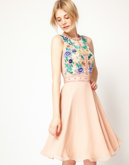 From Mspinkandblue on pinterst….love this dress for my summer weddings.