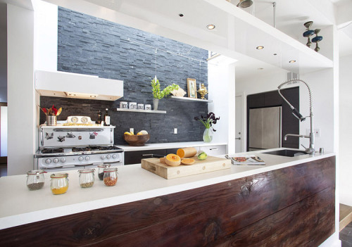 stunning kitchen (via desire to inspire)
