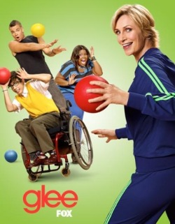 "I am watching Glee                   ""It's a double-episode tonight! I love sweeps!""                                            2557 others are also watching                       Glee on GetGlue.com"