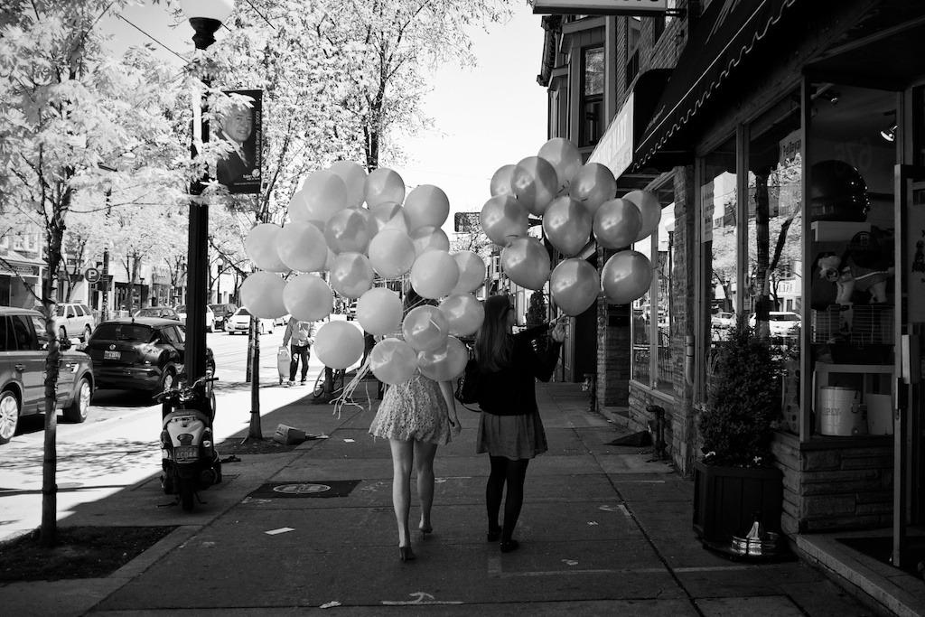 renbostelaar:  #217:6-5-2012 - Balloons, Toronto