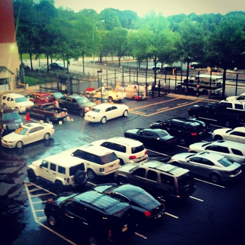 Brave players cars… Gettin' a wash… #popular #cnnireport #instagramer #instagramers #iphoneography #gmy #gmystudios #atlantabraves #baseball #photos #nature #photography #iphone #art  (Taken with instagram)