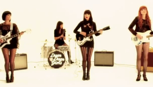 awesomegirlsinbands:  Dum Dum Girls