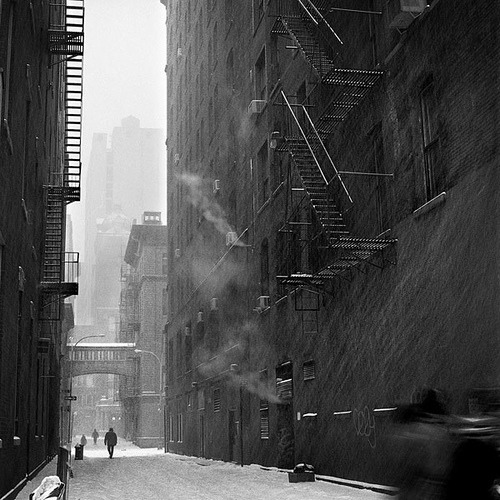 black-and-white:  Blizzard in Alleyway, Downtown NYC (by Eddie O'Bryan)