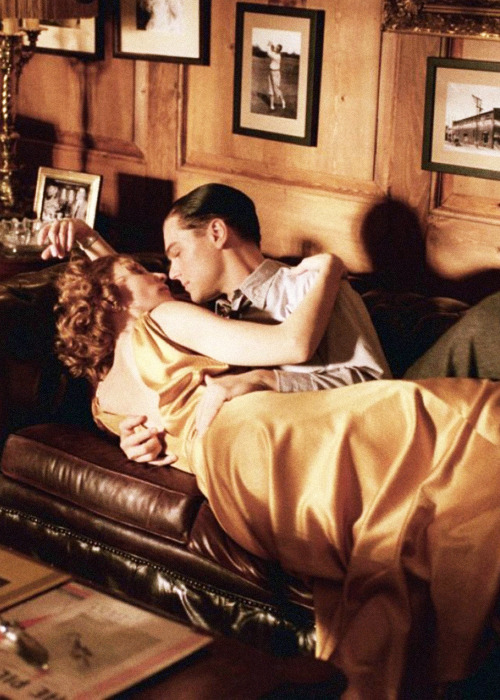 Cate Blanchett & Leonardo DiCaprio, in the Aviator (2004). Director: Martin Scorsese.