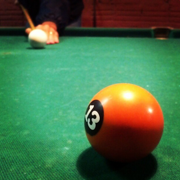 lucky 13 #pool #ball #green #orange (Publicado com o Instagram)