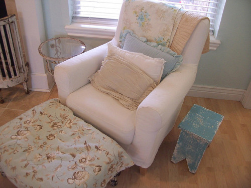 creativemuggle:  chair with blue and white pillows by Holly Abston on Flickr.