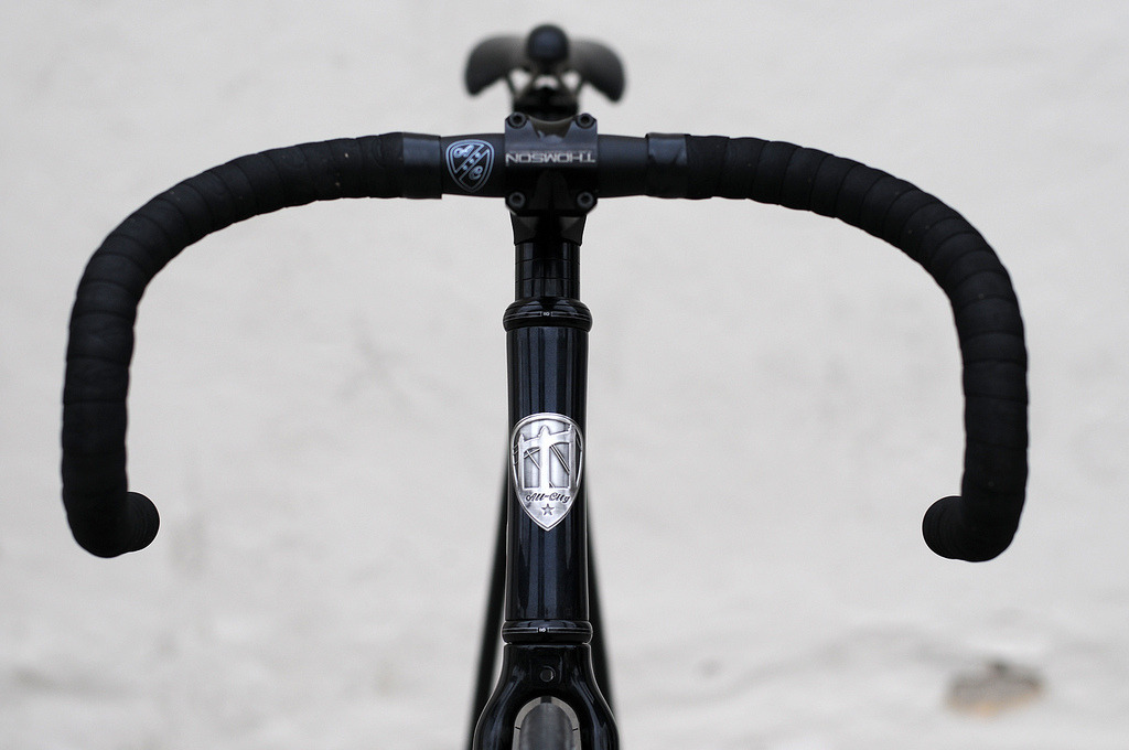 ALL CITY SAVES THE TRACK BAR   All City Cycles announced their new Save The Track Bike handlebar this week.  A deep track drop, the classic pista bend with an oversized clamp diameter in 6061 aluminum.  So aptly named after Tracko's glorious button campaign.  Available now through All City Cycles.