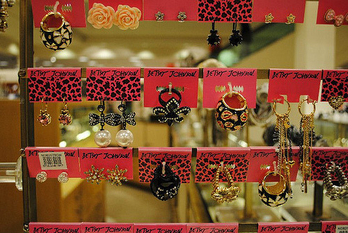 betsey johnson store display♥