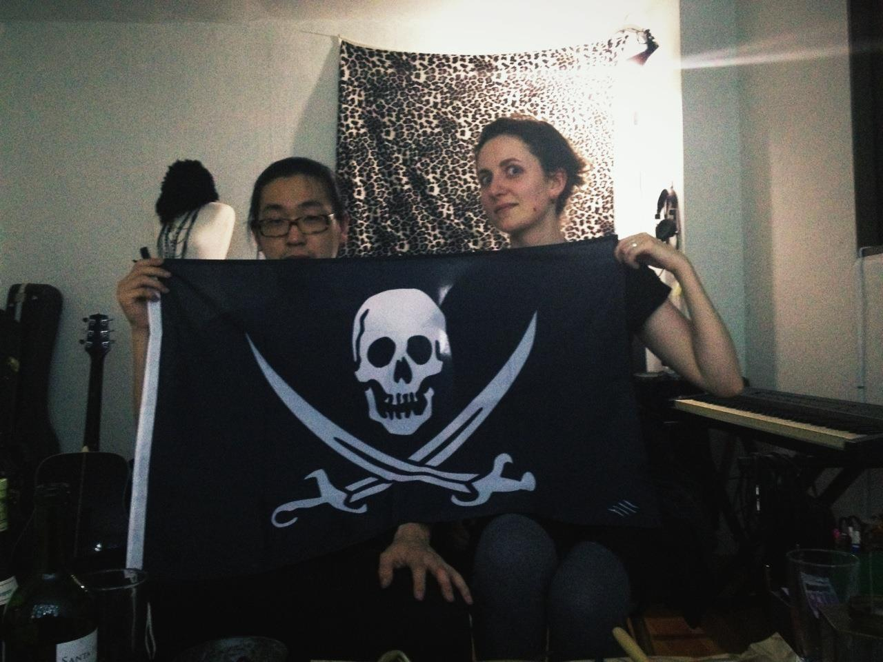 thepirateflag:  [Occupied]  Marine och Taewha - Got flag.  By Cap'n @marinevidal  Make your own Flag, visit  http://thepirateflag.tumblr.com