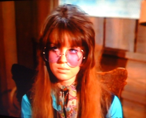 donnalethal Jill Banner from 'Spider Baby' playing a hippie in an episode of Dragnet. I love you, internet.